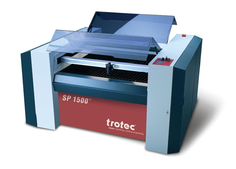 Laserski rezalnik SP1500 spredaj