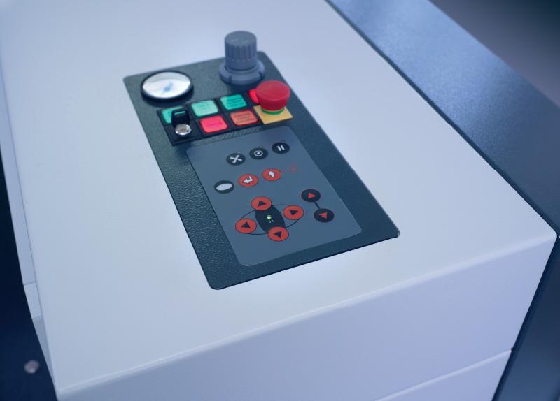 Komandna plošča laserskega rezalnika SP1500