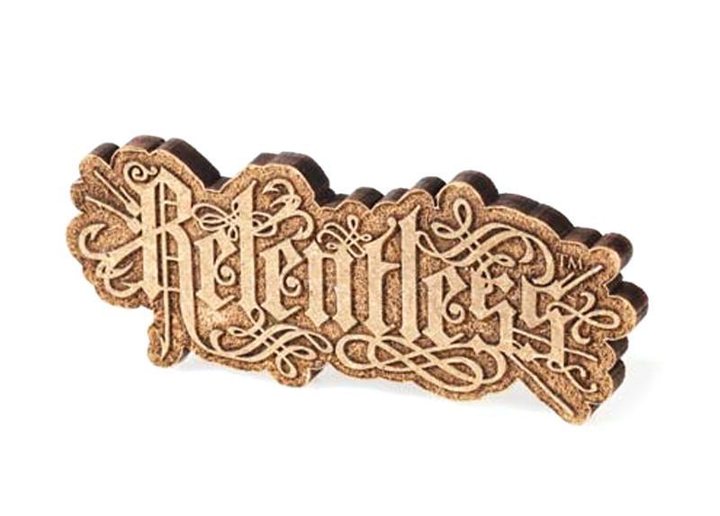Graviranje na les ter izrez logotipa