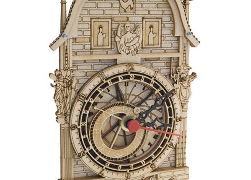 Graviranje in izdelava stenske ure