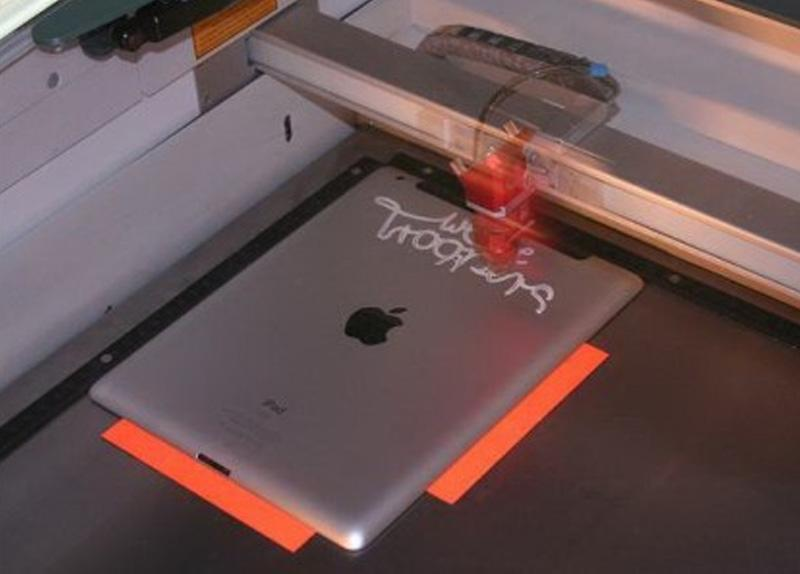 Lasersko graviranje iPada
