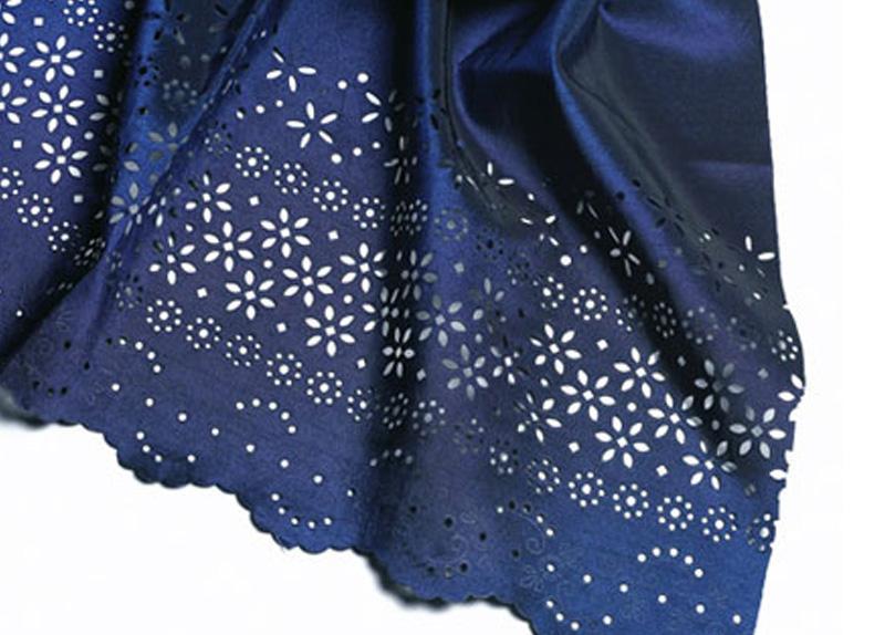 Rezanje vzorcev v tekstil z laserskim strojem