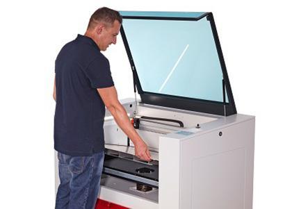 Speedy360-working-tables
