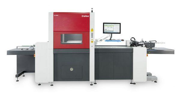 Avtomatski laserski rezalnik